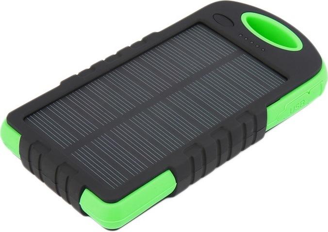 Зарядка на солнечной батарее 8000 mAh с лампой